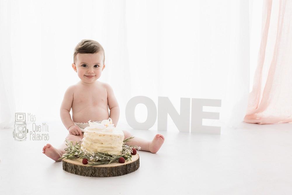 ELIA smash cake